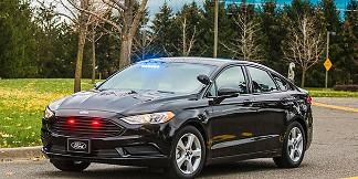 Ford giới thiệu mẫu xe tuần tra hybrid mới cho cảnh sát, chú trọng tính hiệu quả và kinh tế – VnReview