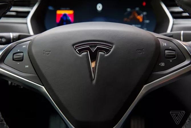 Model 3: canh bạc tất tay của Tesla trên thị trường xe điện