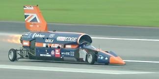 Xem màn thử nghiệm Bloodhound SSC – xe siêu thanh đạt tốc độ 1600 km/h – VnReview