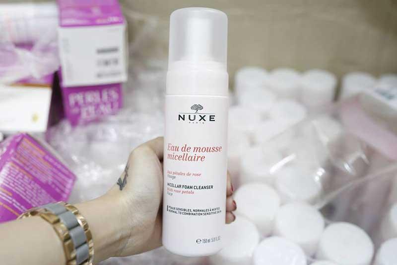 Sữa rửa mặt hoa hồng Nuxe Eau de Mousse Micellaire 150ml