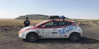 Cặp đôi rong ruổi 2/3 vòng Trái Đất chỉ với… một chiếc xe điện – VnReview