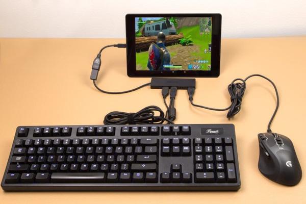 """Luận bàn về vấn đề sử dụng chuột và bàn phím trong PUBG Mobile """"chính chủ"""""""