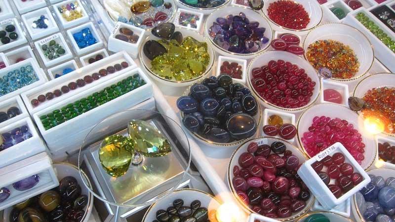 Địa điểm mua đá quý danh tiếng ở Thái Lan