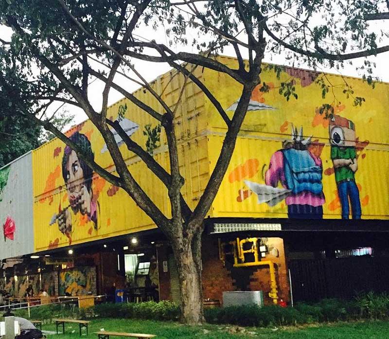 Những điều thú vị tại khu ăn uống Container ở Singapore
