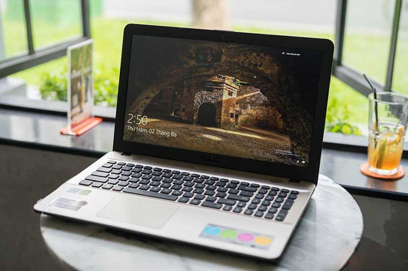 [Review] Đánh Giá Top 15 Laptop Cho Sinh Viên Giá Rẻ Dưới 11 Triệu Đồng