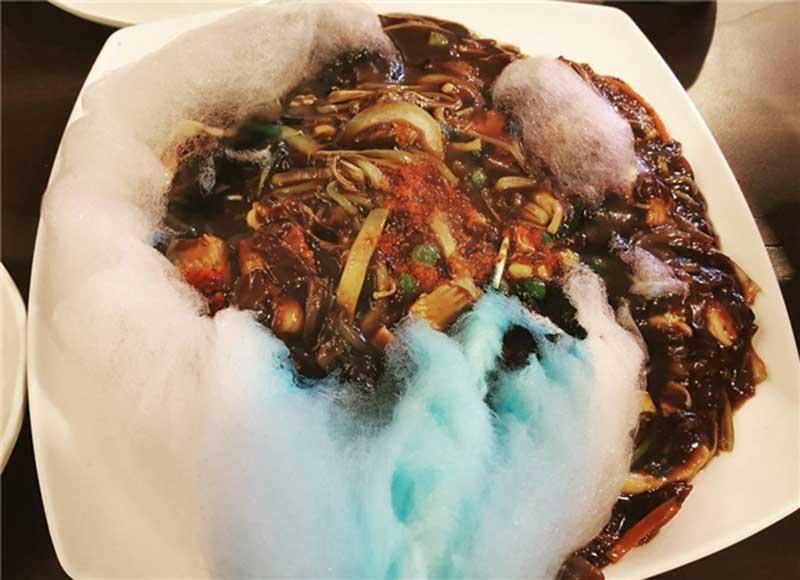 Mì tương đen kẹo bông Hàn Quốc